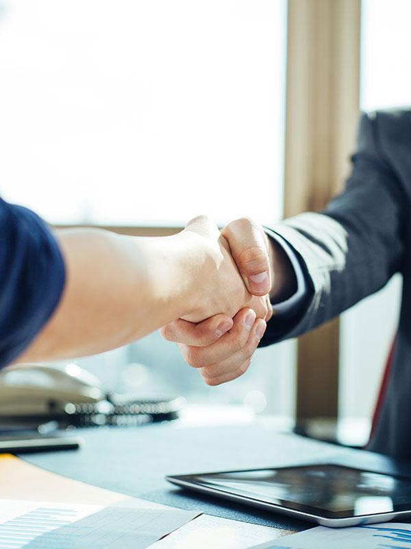 Forderungsmanagement durch erfahrene Anwälte: Know-how plus Vertrauen. inkassoanwalt.online